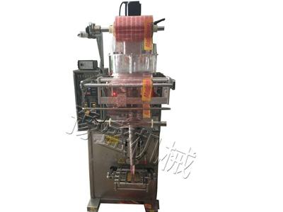 酶制剂包装机图片